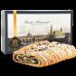 750g Feinster Mohnstriezel im Geschenkkarton - Frontansicht des Geschenkkartons